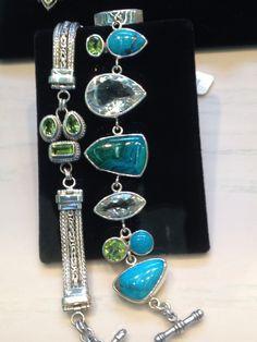 Love jewelry & shopping!