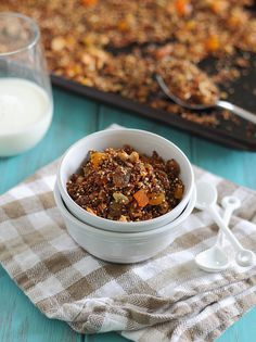 This cashew quinoa granola is a protein packed version of a favorite snack. The quinoa is baked without precooking for a fun new take on granola. Breakfast Time, Best Breakfast, Brunch Recipes, Breakfast Recipes, Paleo Breakfast, Breakfast Dishes, Breakfast Ideas, Snack Recipes, Granola