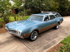 Vista Cruiser, Automobile, Used Car Prices, Car Station, Buick Cars, Old Wagons, Oldsmobile Cutlass, Us Cars, Gmc Trucks