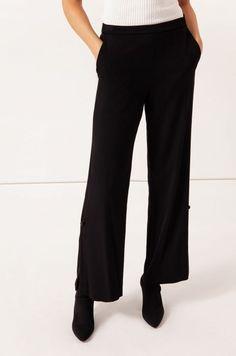 Spodnie o kroju palazzo Palazzo, Solar, Suits, Fashion, Moda, Fashion Styles, Suit, Wedding Suits, Fashion Illustrations