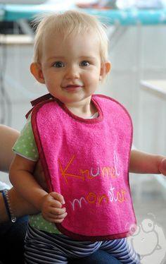 ♥Baby Lätzchen ♥ Krümelmonster ♥ Farbauswahl ♥ von Mini Monsterz® - Kindersachen die Spaß machen! auf DaWanda.com