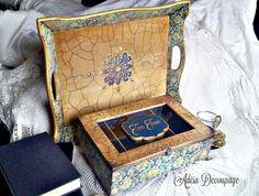 Adisa Decoupage Decoupage Art, Vintage Box, Chanel Boy Bag, Decorative Boxes, Photo Wall, Shoulder Bag, Handmade Gifts, Box Sets, Trays