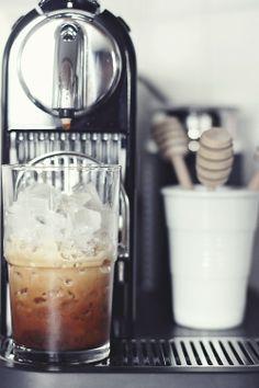 Ice coffee time, nespresso citiz & milk