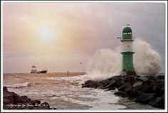 Germany, Rostock, Warnemünde, baltic sea, lighthouse, storm, big wave, Leuchturm in Warnemünde bei Sturm, photography by Jana Bath 2014