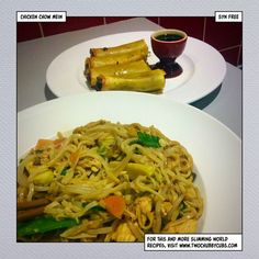 This syn free chicken chow mein is as good as anything you can get from a takeaway, and being syn free, is a perfect Slimming World dinner. Slimming World Chicken Dishes, Slimming World Dinners, Slimming Eats, Slimming World Recipes, Healthy Eating Recipes, Cooking Recipes, Healthy Food, Chicken Chow Mein, Syn Free
