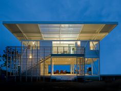 The ISEAMI House by Robles Architects