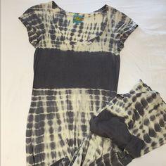 C&C California Tie Dye Maxi Dress Very soft and comfortable. Size XS. Barely Worn. C&C California Dresses Maxi