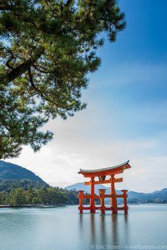 Places to see in Japan: The torii gate of Itsukushima Shrine on Miyajima island