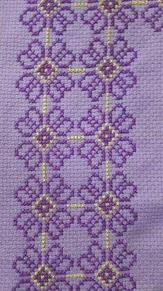 Cross Stitch Bookmarks, Cross Stitch Rose, Cross Stitch Borders, Cross Stitch Flowers, Cross Stitch Designs, Cross Stitch Patterns, Wool Embroidery, Cross Stitch Embroidery, Blackwork