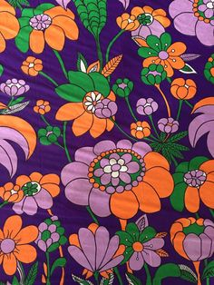 Vintage 1970s Psychedelic Flower Power by GypsysClosetVintage