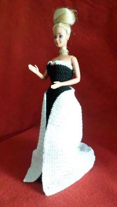 Barbie Dress, Barbie Doll, Dolls, Crochet Barbie Clothes, Barbie Accessories, Pinocchio, Creations, Crafting, Disney Princess