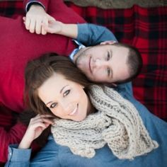 An adorable rustic engagement shoot with lots of ideas for poses and props!  Bellamint Photography