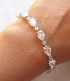 Bracelet strass de Swarovski cristal mariage par TheRedMagnolia