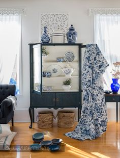 BLUE AND WHITE CHINA CABINET MAKEOVER: KEEP IT SIMPLE
