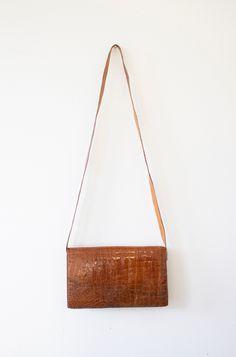 9b3c6b37559f Vintage 50s Alligator Bag   Exotic Leather Handbag   Top Handle Strap    Crossbody   Shoulder Bag   1950s   Mad Men