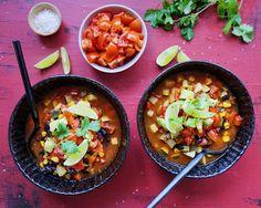 Alt det gode fra det mexikanske køkken, kombineret i en skøn suppe med masser af bid.