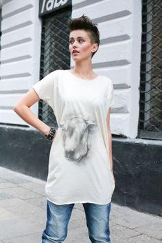 Lamb top Lamb, Tunic Tops, Animal, Women, Fashion, Moda, Fashion Styles, Animals, Fashion Illustrations