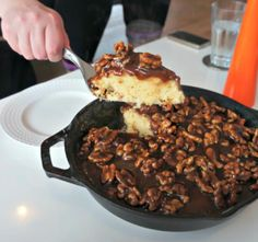 """""""Pan""""Cake with caramel toffee and walnuts..."""
