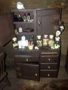 My witches sideboard/dresser haunted doll house miniature Fairy Houses, Doll Houses, Halloween Movies, Halloween Ideas, House Wiring, Haunted Dolls, Fantasy House, Glitter Houses, Creepy Dolls