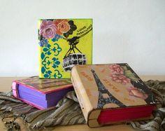 """Livro Caixa, em MDF, decorada com o tema """"Cidades"""", ideal para guardar suas memórias... By Renata Sousa. Encontre-os em www.ikerapresentes.elo7.com.br"""