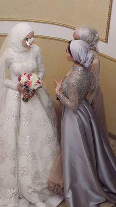 Hijabi Wedding, Wedding Hijab Styles, Muslimah Wedding Dress, Fancy Wedding Dresses, Muslim Wedding Dresses, Wedding Dress Necklines, Muslim Brides, Luxury Wedding Dress, Necklines For Dresses