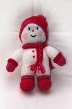 Muñeco de nieve tejido en punto de media con lana acrílica inglesa, blandito, lavable. Apropiado para niños y mayores. Decorativo.