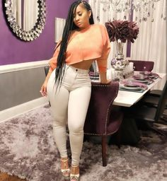 Bringing you a variety of women wrecking some denim and pushing jeans to the limit. Tammy Rivera, Superenge Jeans, Pelo Afro, Ebony Women, Girl Swag, Beautiful Black Women, Beautiful Body, Black Girls, Cute Outfits