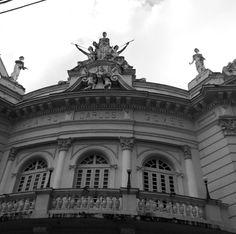 Teatro Carlos Gomes.