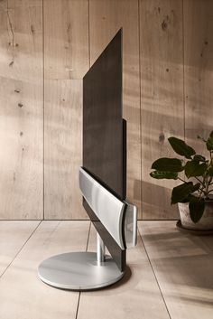 Don't Wait Another 20 Years to Check Out This Eclipse: BeoVision Eclipse TV - Design Milk Star Citizen, Clever Gadgets, Amazing Gadgets, Tech Gadgets, Wireless Speaker System, Speakers, Lg Oled, Bang And Olufsen, Home Technology