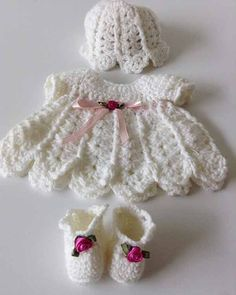 Watch the Baby Chloe Crochet Pattern product review video! Design by: Maggie Weldon Skill Level: Easy Size: Fits 7″ Doll Materials: Superfine Baby Weight Yarn: White: 1½ oz, 220 yd (45g, 200m); 2 yds