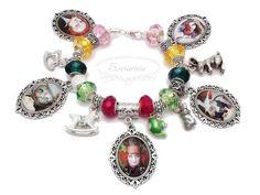 Alice in Wonderland modular bracelet Alice In Wonderland, Handmade Jewelry, Pendants, Jewellery, Bracelets, Earrings, Beautiful, Beauty, Women