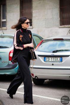 Leila Yavari is wearing black turtleneck black wide-leg trousers black satin bomber jacket and black heels during Milan Fashion Week Street Style 2016, Street Chic, Street Fashion, Milan Fashion, Fashion Pics, Fashion Art, Fall Fashion, Business Fashion, Business Style