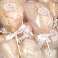 Glam gourmet Champagne cotton candy wedding favors from The Cotton Candy Confectionery - March 17 2019 at Champagne Wedding Favors, Modern Wedding Favors, Wedding Favor Table, Candy Wedding Favors, Wedding Shower Favors, Unique Wedding Favors, Quinceanera Party Favors, Trendy Wedding, Wedding Ideas