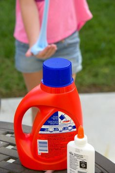 This is how to make laundry detergent slime at home with only 2 ingredients! Easy goo recipe without borax that can be made with glue and color you like.