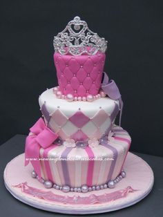 Gorgeous!  This would be perfect for my girls princess party!