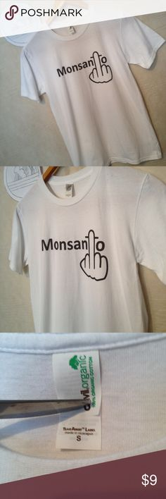"Monsanto protest GMO finger white t-shirt size S Used shirt with some signs of wear from use including discoloration from washing.  Shirt has 3 spots on left shoulder.  Otherwise no holes, rips or tears shipping from smoke free environment, thank you.  Chest - 18"" Shoulder to hem - 26"" anvil organic Shirts Tees - Short Sleeve"