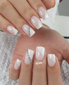Nail art Christmas - the festive spirit on the nails. Over 70 creative ideas and tutorials - My Nails White Nails, Pink Nails, My Nails, French Manicure Designs, Nail Art Designs, Stylish Nails, Trendy Nails, Las Vegas Nails, Secret Nails