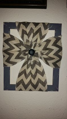 Check out this item in my Etsy shop https://www.etsy.com/listing/469186375/black-and-white-chevron-burlap-cross-on