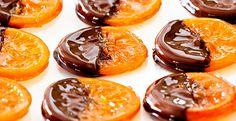 Если вы когда-нибудь пробовали эти волшебные карамелизированные апельсины в шоколаде, уверены, что вы больше никогда не сможете забыть их потрясающий вкус. Сочетание горького шокол