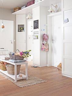 einrichtungsideen einen kleinen flur gestalten home hats and inspiration. Black Bedroom Furniture Sets. Home Design Ideas
