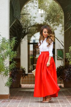 petite fashion blog, lace and locks, los angeles fashion blogger, morning lavender, chicwish, full red maxi skirt, holiday fashion, holiday look, christian louboutin glitter shoes, katie b cosmetics