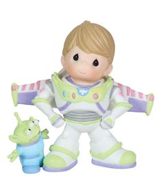 ''To Infinity and Beyond'' Buzz Lightyear and Space Alien Figurine by Precious Moments. HOW ADORABLE I haven't seen much of precious moments in years! Disney Precious Moments, Precious Moments Figurines, Disney Collection, My Collection, Disney Figurines, Collectible Figurines, Glass Figurines, Biscuit, Pixar Characters