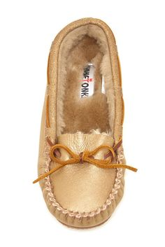 Minnetonka Sheepskin Trapper Moccasin GOLD