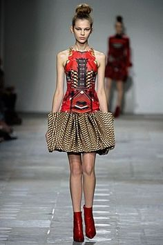 London Fashion Week : Gallery : Mary Katrantzou