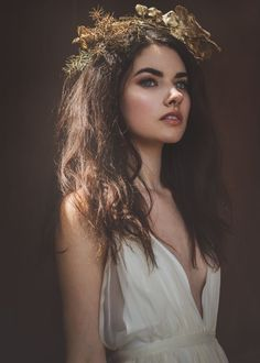 Model: Kyra Wennersten, makeup and hair: Morgan Teresa, hair: Sheynna Frazier, designer: Monique Sandoval, jewelry/crowns: Stacy Eden Photo Portrait, Portrait Photography, Pretty People, Beautiful People, Model Foto, Foto Art, Drawing People, Photoshoot, Beauty