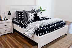All Beddy's Sets White Bedding, Bedding Sets, Rv Mattress, Zipper Bedding, Toddler Rooms, Kids Rooms, Large Blankets, Black Exterior