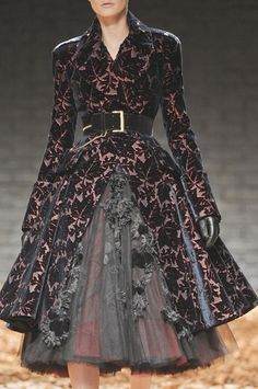 if i ever needed a dress like this to wear...some place where i'm most likely never going...this would be the one i'd choose. Alexander McQueen.