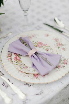 Pretty Place Setting - Lavender Theme
