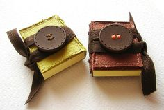 TO DO: Make these post-it notes books!   CUTE!