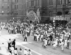 Crowd in front of Music Hall on Elm Street,1948
